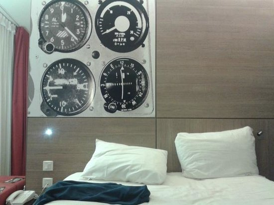 Ibis Styles Nice Airport Arenas: le lit