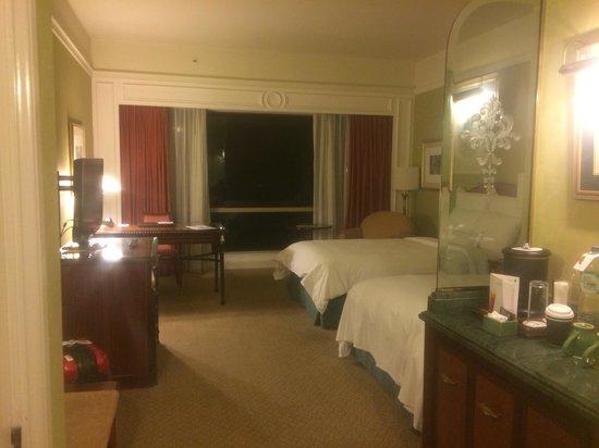 JW Marriott Hotel Surabaya: 部屋