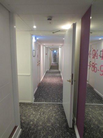 Andersen Boutique Hotel: Hotel Hallway