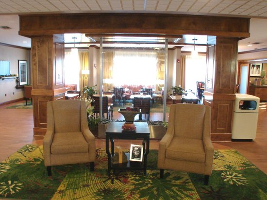 Country Inn & Suites By Carlson: Hotel Lobby