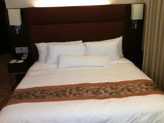 Rembrandt Hotel Bangkok : Double bed