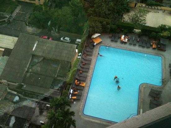 Rembrandt Hotel Bangkok : Swimming pool