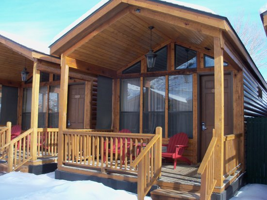 Rustic Inn Creekside Resort and Spa at Jackson Hole: One of the cabins,