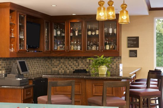 Hilton Garden Inn Houston/The Woodlands: Garden Grille & Bar