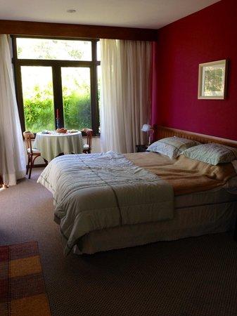 Hotel Sao Gotardo: Quarto bonito e muito agradável!