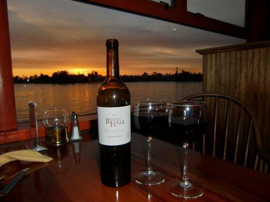Las Olitas Cantina & Grill: Fantastic view and wine selection at Olitas