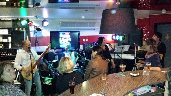 Vinomania: Soirée concert du samedi