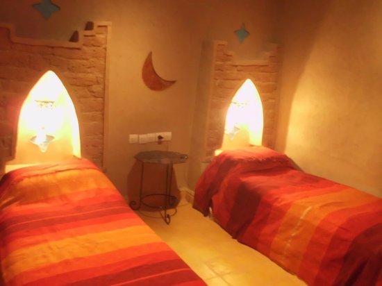 Auberge Hotel Porte De Sahara Ouzina: Mi habitación...