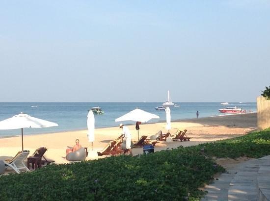 Layana Resort and Spa: Layana, Long Beach @ 0830 am