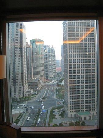 Grand Kempinski Hotel Shanghai : Vista do quarto