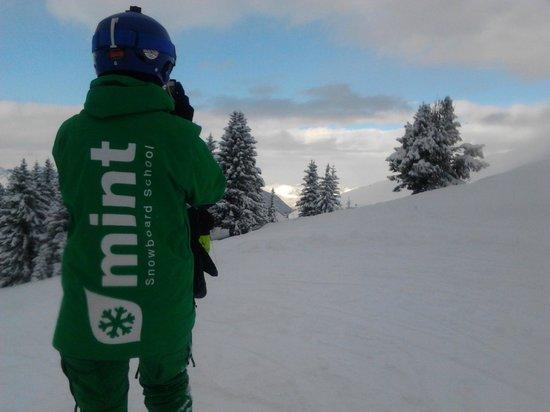 Mint Snowboarding: Minty!