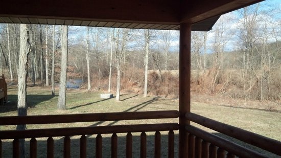 Creekside Resort: Off back deck of Beaver Lodge, looking left