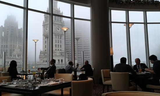 Trump International Hotel & Tower Chicago: El salón del desayuno