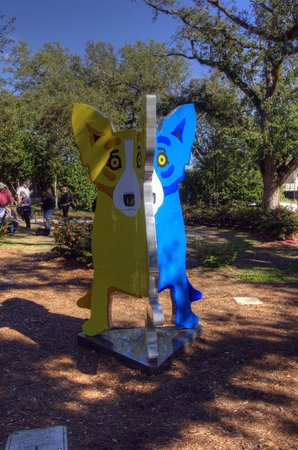 "New Orleans City Park: Museum Sculpture Park, 2/3 of ""We Stand Together"" (Red Dog on the other side)"