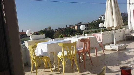 Sultanahmet Hotel: Terasse