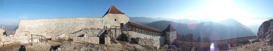 Rasnov Citadel: на территории замка...