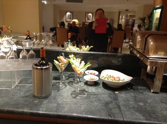 """Hilton Rome Airport Hotel: le """"grand"""" buffet du club executif1/4 !!!!"""