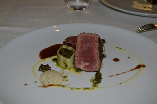 Passion by Martin Berasategui at Paradisus Palma Real: tender beef