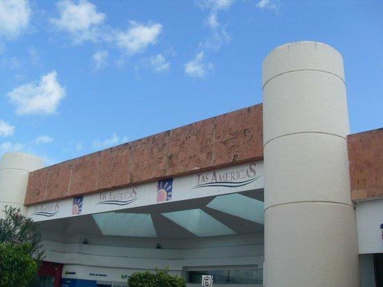 Plaza Las Americas : Shopping