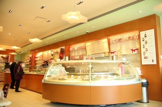 Sucre: The store