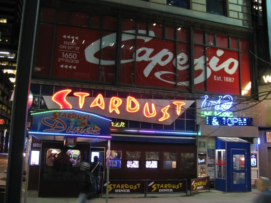 Ellen's Stardust Diner : external view of restaurant