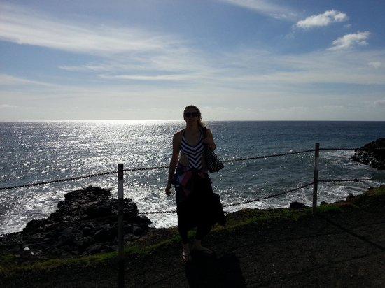 Sandos San Blas Nature Resort & Golf: Walk from hotel to shops