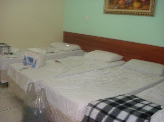 Hotel Pousada do Papa: A cama estava quebrada