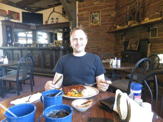 Duke's SlickRock Grill: lecker Spareribs im slick rock grill