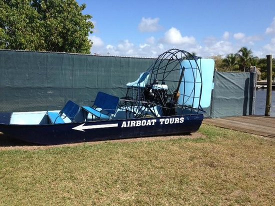 Everglades City Airboat Tours : Airboat