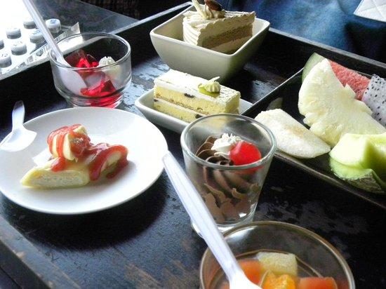 Oishi Grand (Siam Discovery Center): Desserts Plate