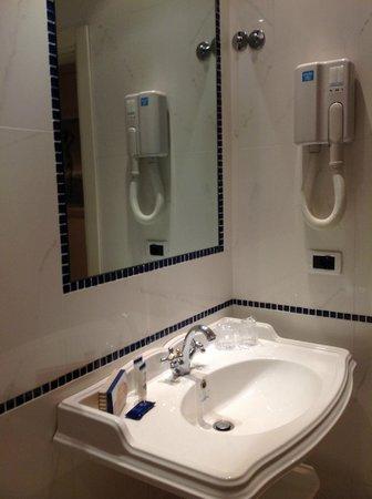 Hotel Principe : banheiro