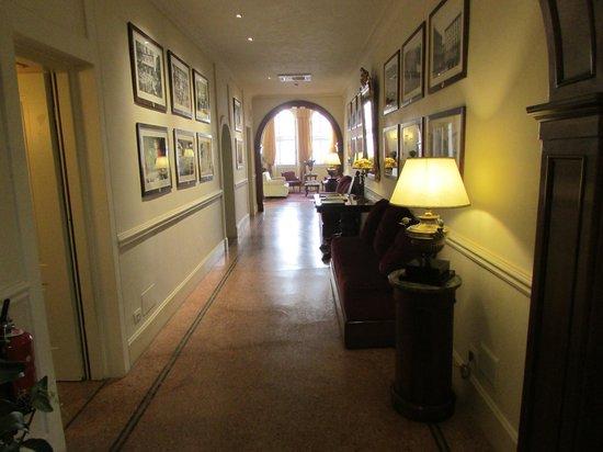 Hotel Pendini: El interior del hotel