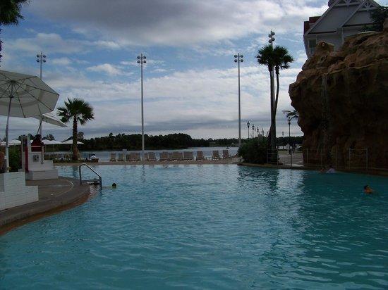 Disney's Grand Floridian Resort & Spa: Villas pool, toward beach