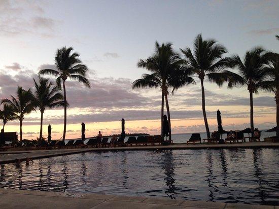 Hilton Fiji Beach Resort & Spa: Sunrise