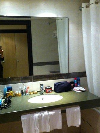 Seabel Alhambra Beach Golf & Spa : salle de bain
