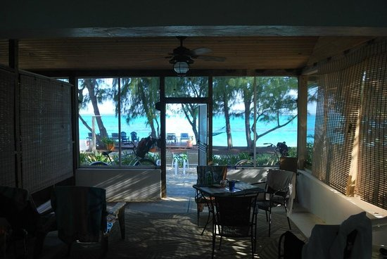 Hollywood Beach Suites Turks and Caicos: Veranda