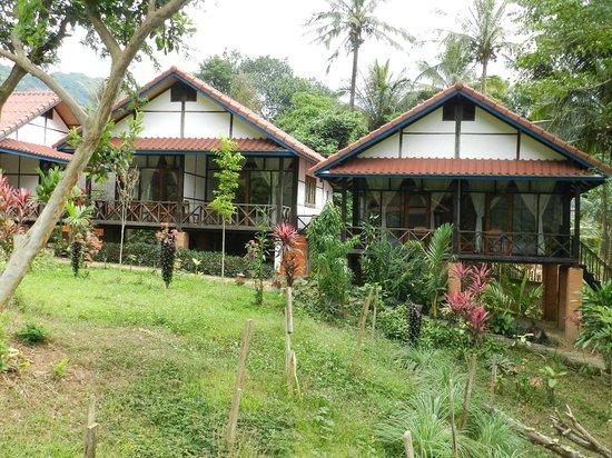 Pha Xang Resort : Bungalows near the river