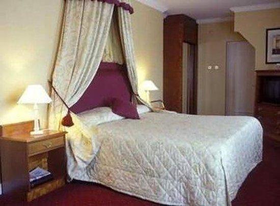 Grafton Capital Hotel: Recreational Facilities