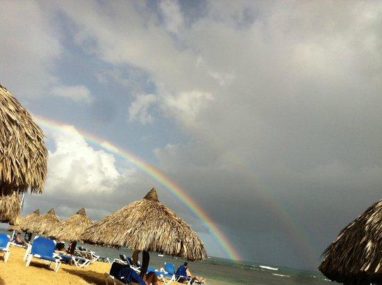 Grand Bahia Principe El Portillo: a beautiful rainbow after a few minutes of rain