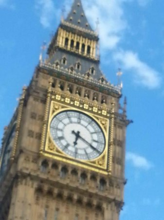 Hairy Goat Photography Tours: Fun shot of Big Ben