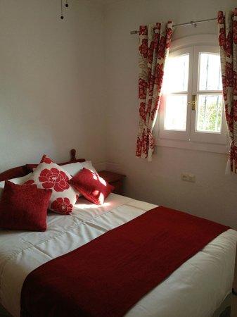 Apartamentos Verano Azul: Double bedroom