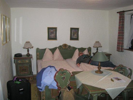 Hotel Spitzweg : Beautiful detail on all the furniture