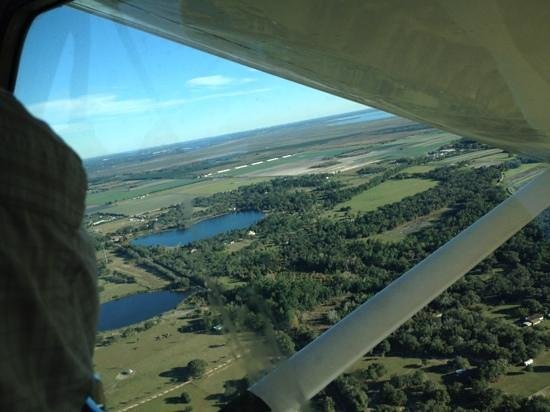 Jones Brothers Air and Seaplane Adventures: It was so clear we could see Orlando!