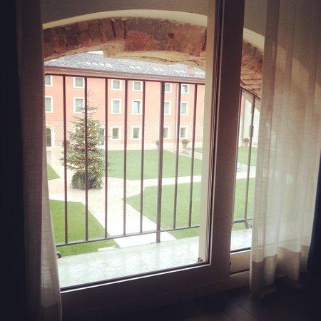 Hotel Veronesi La Torre: room.view