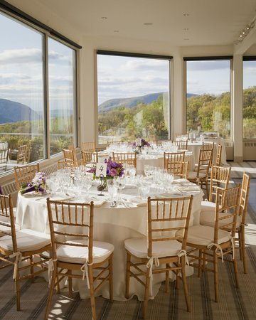 The Garrison - Golf, Restaurant, Events & Inn: THE RIVER ROOM