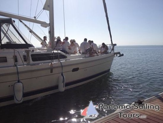 Panama Sailing Private Tours: White party onboard