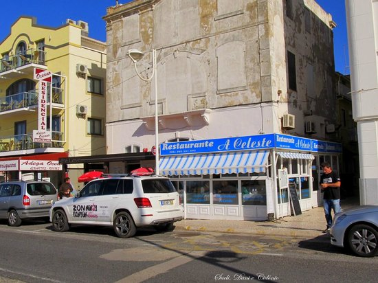 Restaurante Celeste : Fachada vista do outro lado da avenida.