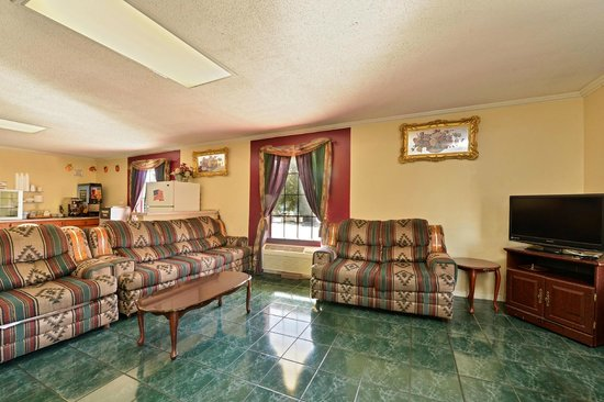 Americas Best Value Inn & Suites - Jackson Coliseum : Lobby