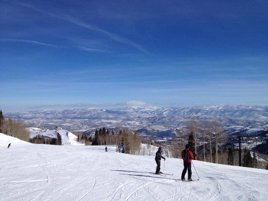Park City Mountain Resort: View down to the valley of Park City