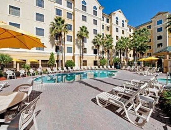 StaySky Suites I-Drive Orlando : Pool